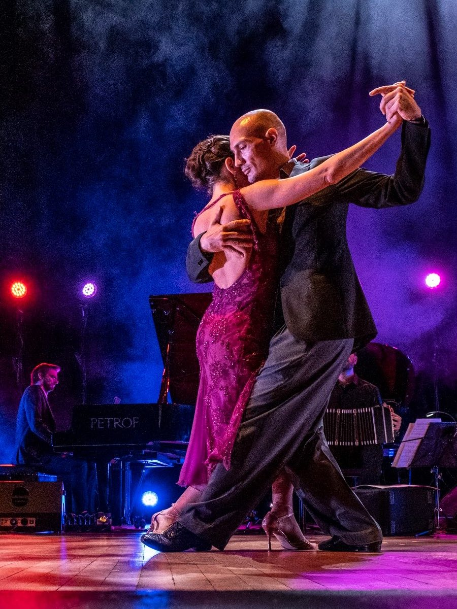 tango-school-and-shows